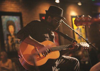 5. Tennessee-Nashville-Sims-jammin-
