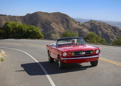 photos_los_angeles_ca_Mustang_on_Road